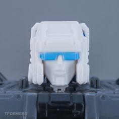 LG51 Targetmaster Doublecross - TFormers Legends Series Gallery
