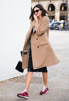 street-style-office-look-tenis-vinho