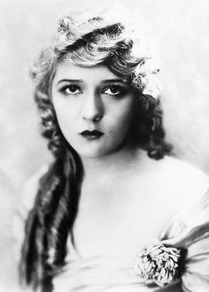 Mary Pickford, 1918
