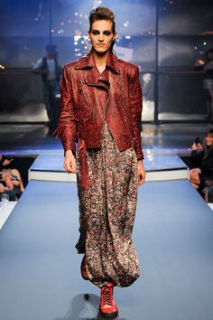 Jean Paul Gaultier Spring 2014 RTW - Review - Fashion Week - Runway, Fashion Shows and Collections - Vogue