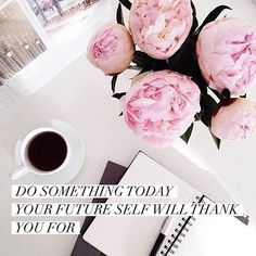 desk + inspirational quote | beautyluxelife