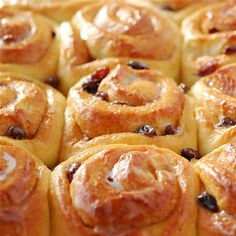 Easter Chelsea Buns | Pease Pudding