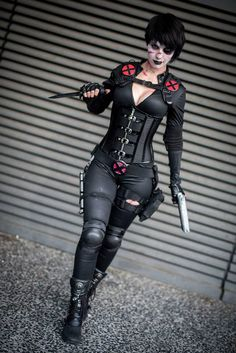 Character: Domino (Neena Thurman) / From: MARVEL Comics 'X-Force' / Cosplayer: Gabriella Tacchi (aka Bad Luck Kitty, aka Black Cat)