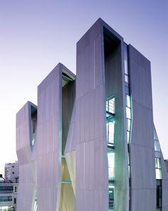 Gallery Yeh by Unsangdong Architects (Design Team: Jang Yoon Gyoo, Shin Chang Hoon) / SinsaDong, GangNam, Seoul, Republic of Korea
