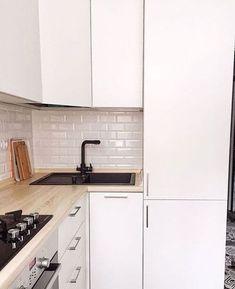 New Rustic Farmhouse Kitchen Remodel Light Fixtures Ideas Kitchen Lighting Design, Kitchen Design Open, Interior Design Living Room, Interior Livingroom, Home Decor Kitchen, Rustic Kitchen, Home Kitchens, Small Kitchens, Kitchen Hacks