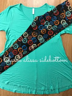Gorgeous solid Perfect T paired with fun LuLaRoe Leggings