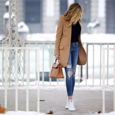 outfit ideas for women over 40 outfit ideas ; outfit ideas for women ; outfit ideas for school ; outfit ideas for women over 40 ; outfit ideas for winter ; Fashion Mode, Star Fashion, Look Fashion, Winter Fashion, Womens Fashion, Gym Fashion, Fashion Tips, Fashion Ideas, Trendy Fashion