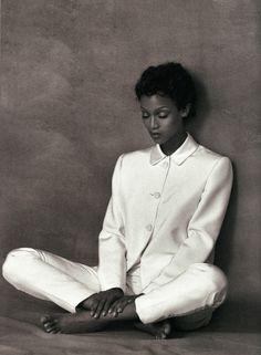 fashionphotographyscans:  Magazine: L'Officiel France  Year: 1994Models: Tyra BanksPhotographer: Bruno Bisang