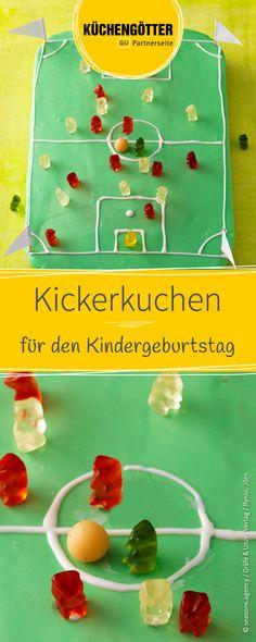 Perfekt für den Kindergeburtstag: Rezept für leckeren Kicker-Kuchen.