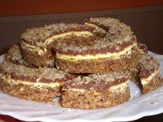 Polumjeseci fenomenalni kolač Page 235 Czech Recipes, Croatian Recipes, Baking Recipes, Cake Recipes, Dessert Recipes, Croatian Cuisine, Macedonian Food, Kolaci I Torte, Snacks Für Party