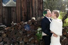 bride and groom kissing winter wedding, JayLee Photography