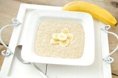 Deze ontbijt pap van havermout en banaan is speciaal bedoeld voor de sporters onder ons. Het is een echt sportontbijt. Door de grote hoeveelheid complexe koolhydraten voorziet dit ontbijt je lichaam van langdurige energie.
