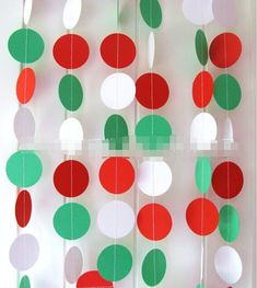 Christmas Paper Garland, Red Green and White Paper Circle Garland, Holiday Party Decorations, Polka Dot Circle Banner, Xmas Tree Ornament Grinch Christmas, Christmas Minis, Christmas Pictures, Christmas Holidays, Christmas Birthday, Christmas Paper Chains, Christmas Backdrops, Christmas Decorations, Classroom Christmas Decor