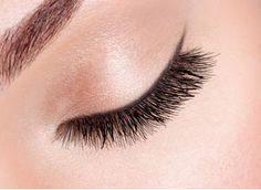 Start your weekend with an eye-full! Book your Ruby Set at JJ Eyelashes - Madison! 212-517-5522