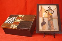 Caja imitación cuero y cuadro