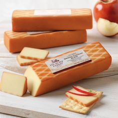Smoked Cheddar Blend | Hickory Farms