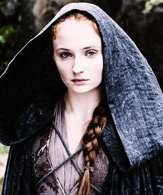 The Women on Game of Thrones Are Why We Can't Wait for Season 8 : Sansa Stark (Sophie Turner) Ned Stark, Sansa Stark, Eddard Stark, Arte Game Of Thrones, Game Of Thrones Costumes, Game Of Thrones Fans, Movies And Series, Hbo Series, Series Premiere