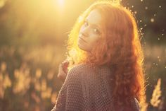 Hippie sunshine by elvirazakharova on deviantART Sunset Photography, Portrait Photography, Fashion Photography, Gorgeous Redhead, Beautiful, Golden Hour Photos, Natural Redhead, Sunset Pictures, Ginger Hair
