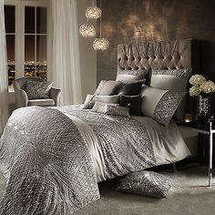 Instantly refresh a bedroom interior with this Esta Silver duvet cover from Kylie Minogue. Adding sparkle and glamour to a home, this silver duvet cover features a statement beaded design and a soft s Casa Magnolia, Kylie Minogue At Home, Silver Bedroom, Bed Linen Sets, Luxury Bedding Sets, Silver Bedding Sets, Cool Beds, Luxurious Bedrooms, My New Room