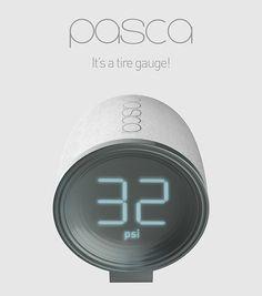 Lo inteligente del medidor de presión de aire de las llantas PASCA, es que es bastante útil al bucle en tu llavero del coche. PASCA Tire Gauge. Diseñador: Xinyi Wang