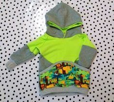 Hirutxoak: Menuda inspiracion: Sudadera Ranglan Little Boy Outfits, Toddler Outfits, Baby Boy Outfits, Kids Outfits, Sewing For Kids, Baby Sewing, Toddler Fashion, Kids Fashion, Sewing Circles