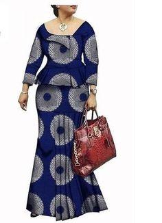 Latest African Fashion Dresses, African Dresses For Women, African Attire, Modern African Dresses, African Style Clothing, African Fashion Designers, African Dress Patterns, African Print Dress Designs, Chitenge Dresses
