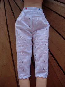 Oggi la seconda parte del tutorial per realizzare Sofia: le culottes. Tagliate il tessuto come dacartamodello: 1 volta su stoffa dopp...