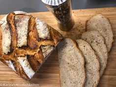 Friss Dich Dumm Brot - Karina Pampered Chef Pampered Chef, Vegan Baking, Dutch Oven, Food And Drink, Bread, Desserts, Baguette, Low Carb, Artisan Bread