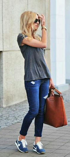 How to Wear: The Best Casual Outfit Ideas - Fashion Looks Style, Casual Looks, Look Fashion, Womens Fashion, Fashion Trends, Nike Fashion, Sneakers Fashion, Latest Fashion, Jeans Fashion