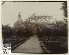 Institut Catholique de Paris...want to stand right here