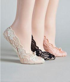 Calcetines con encaje para sandalias. by matty.ramos.7