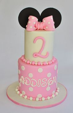 Minnie Mouse Cake, Hope's Sweet Cakes, hopessweetcakes.com