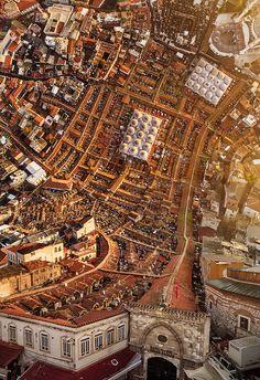 As manipulações fotográficas surreais de Aydın Büyüktaş - Confira as manipulações fotográficas surreais do fotógrafo turco Aydın Büyüktaş, que literalmente dobra cidades ao meio em suas fotografias!