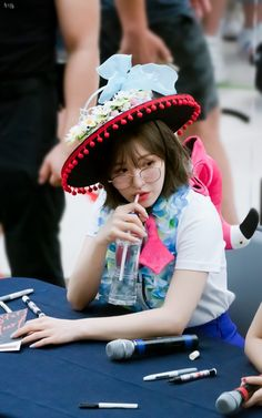 South Korean Girls, Korean Girl Groups, Wendy Red Velvet, Seulgi, Boyfriend Material, Korean Singer, My Girl, Celebs, Female