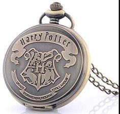 Harry Potter Hogwarts Wappen Taschenuhr mit Halskette, bronze antik Harry Potter http://www.amazon.de/dp/B01BQWKV2W/ref=cm_sw_r_pi_dp_oq8Vwb0P1SN6M