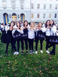 #Emory #DeltaDeltaDelta girls on bid day 2015