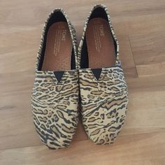 NWOT Toms Leopard Shoes 7.5 New without tags toms cheetah/leopard shoes size 7.5. TOMS Shoes Flats & Loafers