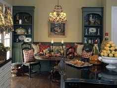 English Cottage Decorating | ... the movie that is again i noticed the decor though the palace s decor