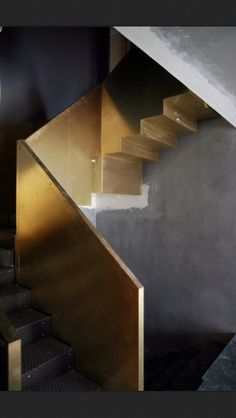 Brass Stairs Railing Kelly Wearstler 48 Ideas For 2019 Detail Architecture, Interior Architecture, Interior Stairs, Interior Exterior, Gold Interior, Stair Handrail, Railings, Concrete Staircase, Staircase Metal