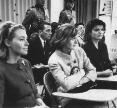 Joan Kennedy far left, Jackie Kennedy far right