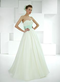 wedding dress from Cotin Spose Wedding Dress 2013, Pretty Wedding Dresses, One Shoulder Wedding Dress, Wedding Wishes, Bridal Gowns, Bride, Dresses 2013, Green, Beautiful