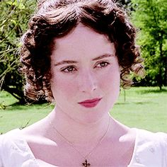 Pride and Prejudice. Jennifer Ehle is so beautiful. Elizabeth Bennett, Miss Elizabeth, Mrs Bennet, Jennifer Ehle, Jane Austen Movies, Anne Shirley, Jane Eyre, Pride And Prejudice, Period Dramas