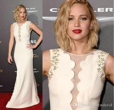 Jennifer Lawrence Hunger Games Celebrity Dresses 2016 Gold Beaded Embroidery Sheer Crew Neck Sheath Satin Floor-Length Party Evening Gowns