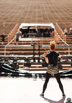 i hope to see her at a huge theatre like this!