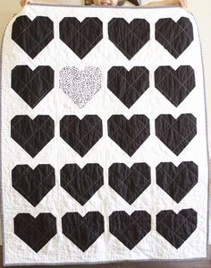 a quilt is nice Heart quilt in black and white. Note the quilting. Patchwork Heart, Patchwork Baby, Crazy Patchwork, Heart Quilts, Crazy Quilting, Small Quilt Projects, Quilting Projects, Quilting Ideas, Sewing Projects