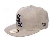 Chicago White Sox Streamliner 59Fifty Fitted Baseball Cap by NEW ERA x MLB  Fitted Baseball Caps 5de44419028