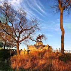 we got two days in a row with a sunshine …. something is not right lol but it felt good though :) #GrantMonument #SouthPond #Sunset #EveningWarmth #HappyTuesday #Pretty #Evening #Colors #Lovely #HolidaySeason #December2016 #Winter2016 #LincolnPark #Chicago