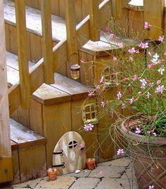 The back door leading to the garden is an essential to Fairy happiness...omg how cute is this!