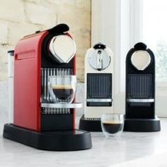 For home espresso coffee, it is hard to beat Nespresso for its combination of price, style, convenience and quality. The Citiz line have sleek lines that take up a minimum of space on your counter. Kitchen Tools, Kitchen Appliances, Kitchens, Kitchen Electronics, Automatic Espresso Machine, Kitchen Must Haves, Compact Kitchen, Flowers Delivered, Send Flowers