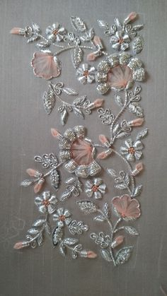 Zardozi Embroidery, Hand Embroidery Videos, Hand Embroidery Flowers, Hand Work Embroidery, Ribbon Embroidery, Diy Embroidery Patterns, Embroidery Neck Designs, Couture Embroidery, Embroidery Motifs